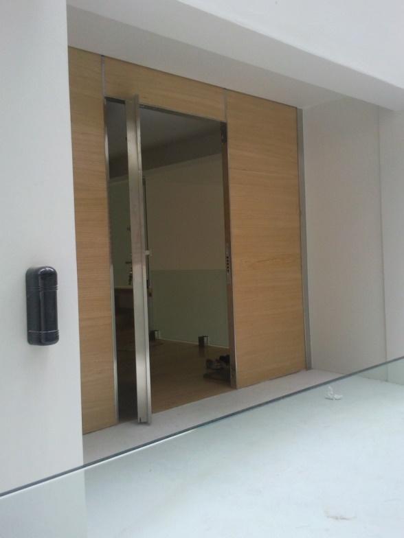 Πόρτες 04