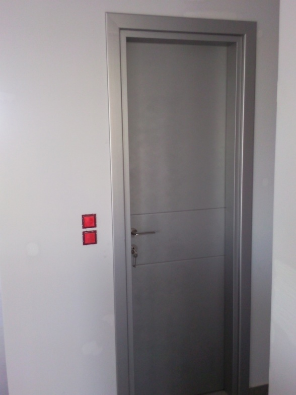 Πόρτες 06