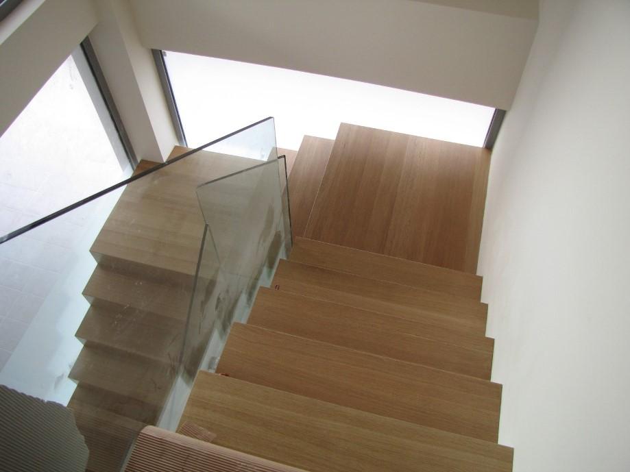 Σκάλες 10