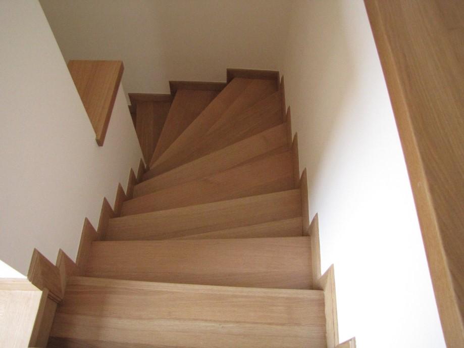 Σκάλες 15