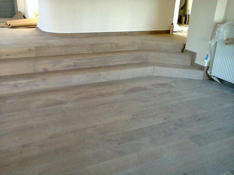 Σκάλες 17